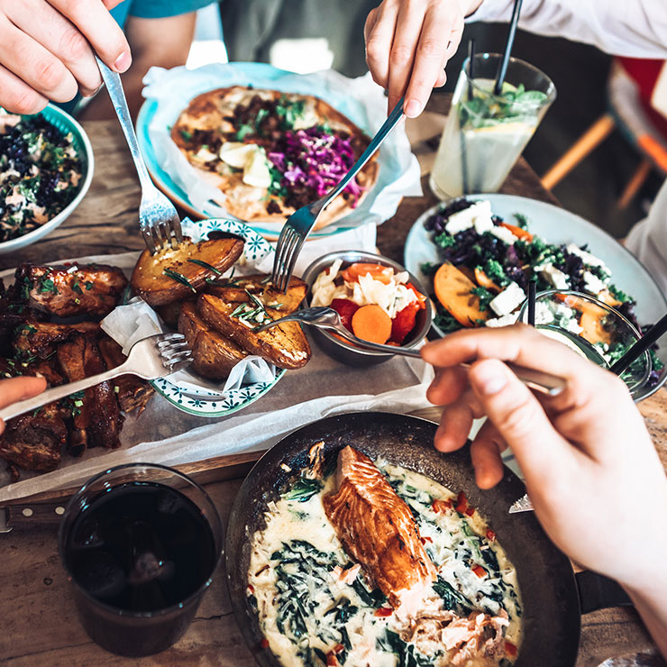 Ditching trays and supersize plates could combat the climate emergency